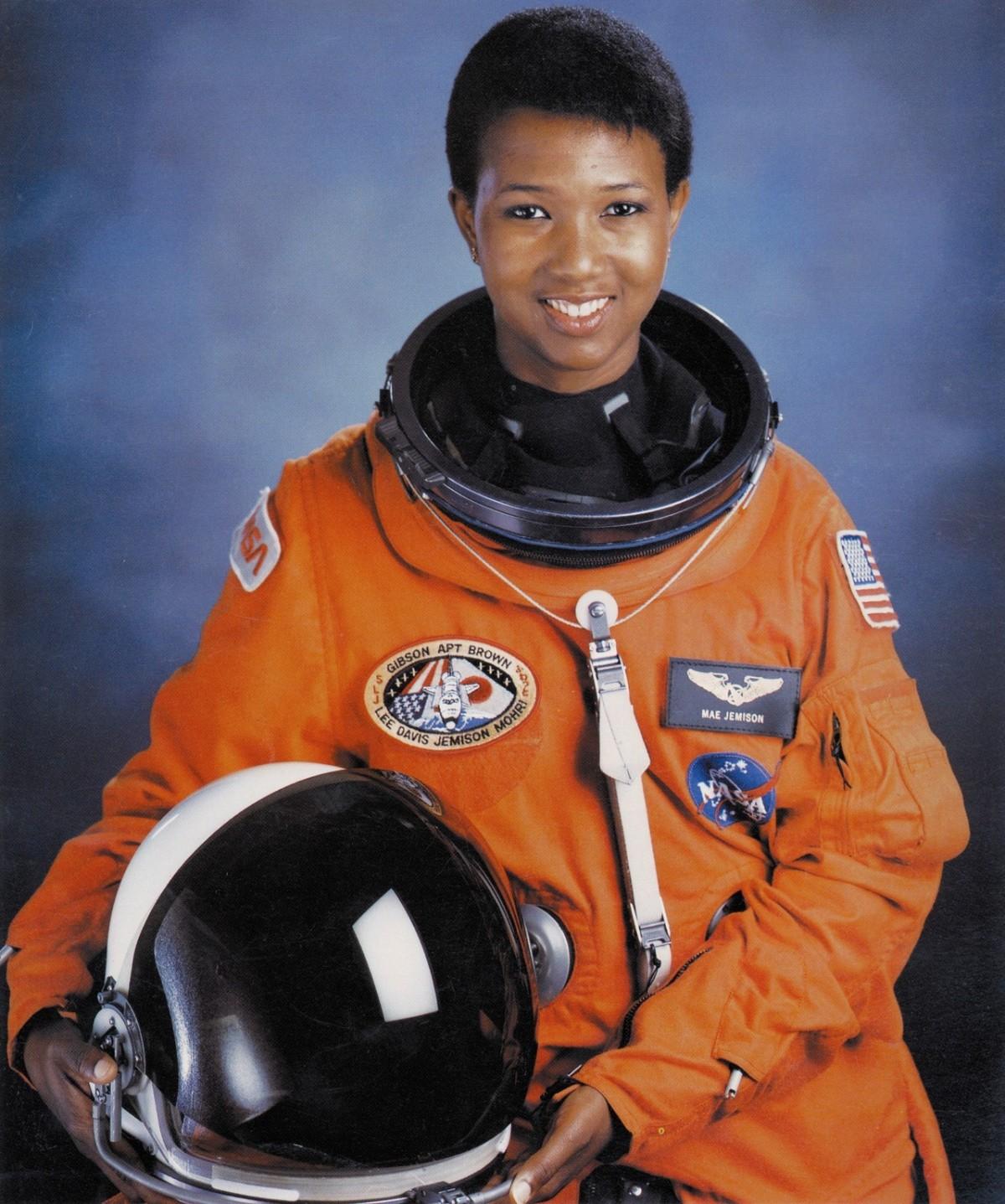 Dr. Mae Jemison – NASAAstronaut